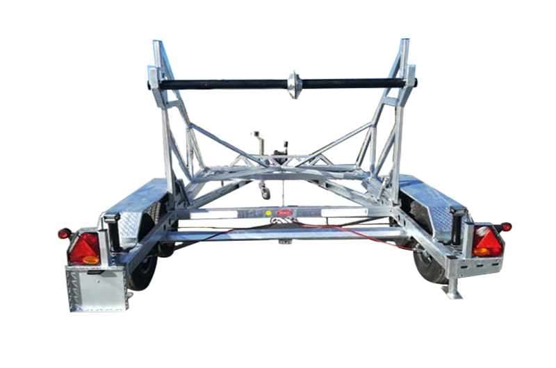 Kabeltrommelanhänger mit Handseilwinde 3000 kg