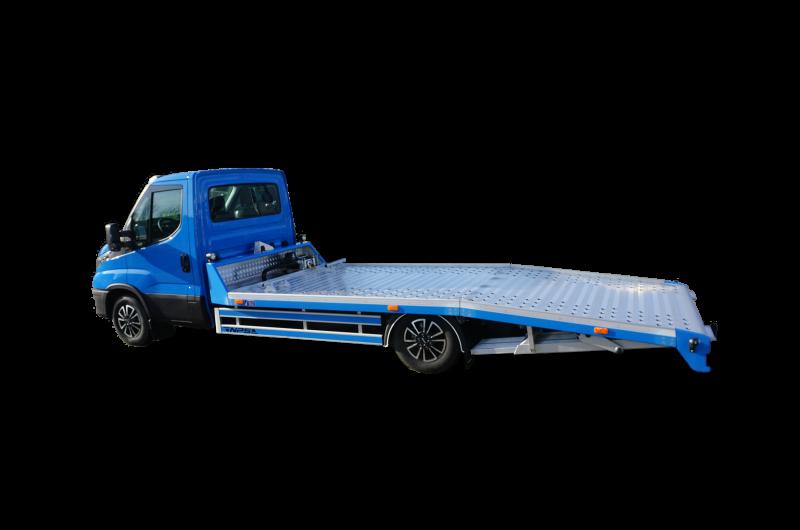 Blauer Iveco Daily 35c18 mit automatik Premium Rampen